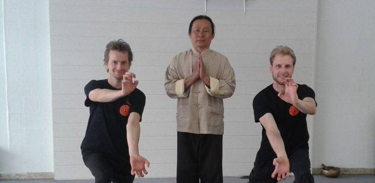 Qi Gong Lehrgang Arno und Stefan Wunsch mit Meister Lao